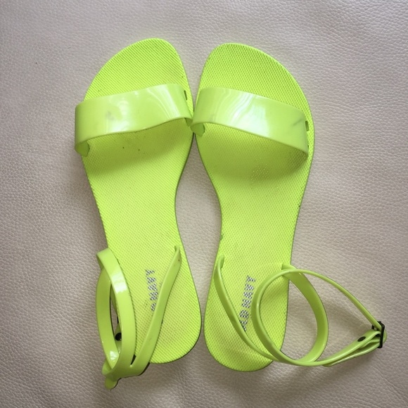 e509c9685be6 Neon Jelly Sandals. M 5b65f516129955a0b2ed5242